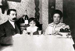 Grazia Deledda with husband and son - circa 1905.