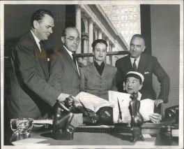 Daniel Cotton Rich on the left and Piero Guadagni at the right.